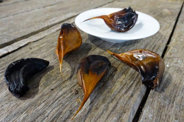 Sympini Aged Black Garlic